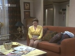 Julie Robinson in Neighbours Episode 1843