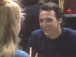 Phoebe Bright, Stephen Gottlieb  in Neighbours Episode 1847