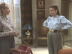 Helen Daniels, Julie Martin  in Neighbours Episode 1847