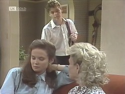 Julie Robinson, Michael Martin, Helen Daniels in Neighbours Episode 1847