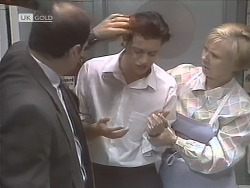 Benito Alessi, Rick Alessi, Cathy Alessi in Neighbours Episode 1848