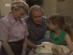 Helen Daniels, Jim Robinson, Bouncer, Hannah Martin in Neighbours Episode 1850