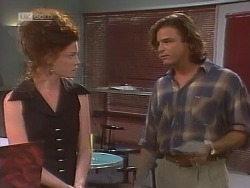 Gaby Willis, Wayne Duncan in Neighbours Episode 1850