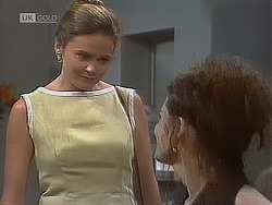 Julie Robinson, Gaby Willis in Neighbours Episode 1850