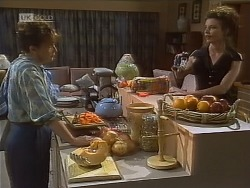 Pam Willis, Gaby Willis in Neighbours Episode 1850