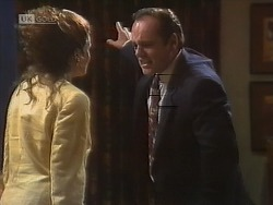 Julie Martin, Philip Martin in Neighbours Episode 1850