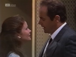 Julie Robinson, Philip Martin in Neighbours Episode 1851