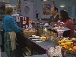 Cathy Alessi, Benito Alessi, Wayne Duncan in Neighbours Episode 1851