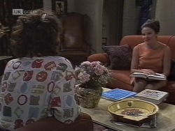 Pam Willis, Julie Robinson in Neighbours Episode 1854