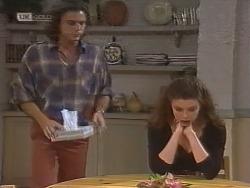Wayne Duncan, Gaby Willis in Neighbours Episode 1858