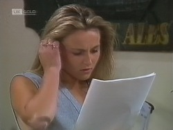 Lauren Turner in Neighbours Episode 1860