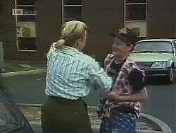 Helen Daniels, Thug in Neighbours Episode 1860