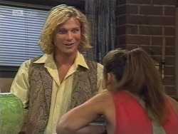 Brad Willis, Beth Brennan in Neighbours Episode 1861