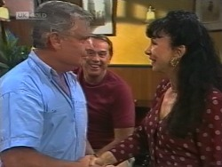 Lou Carpenter, Doug Willis, Carmen Costello in Neighbours Episode 1861