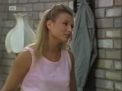 Lauren Carpenter in Neighbours Episode 1862