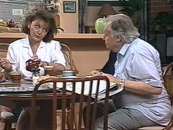 Pam Willis, Bert Willis in Neighbours Episode 1863