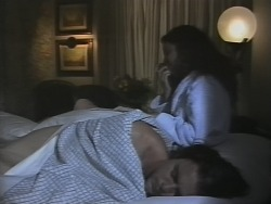 Wayne Duncan, Gaby Willis in Neighbours Episode 1865