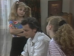 Hannah Martin, Rick Alessi, Debbie Martin in Neighbours Episode 1865