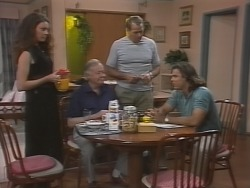 Gaby Willis, Bert Willis, Doug Willis, Wayne Duncan in Neighbours Episode 1865