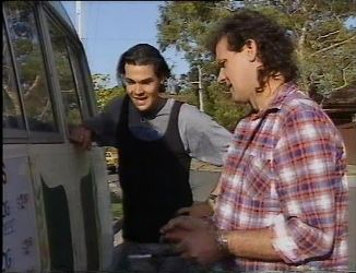 Sam Kratz, Dave Gottlieb in Neighbours Episode 2200