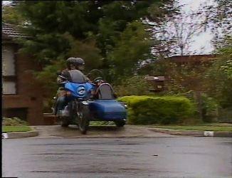 Gaby Willis, Pam Willis, Cody Willis in Neighbours Episode 2201