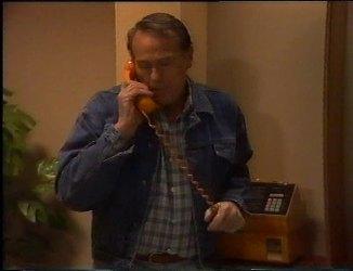 Doug Willis in Neighbours Episode 2201
