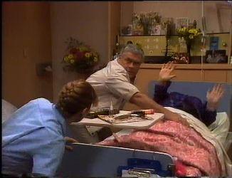Lou Carpenter, Cheryl Stark in Neighbours Episode 2201