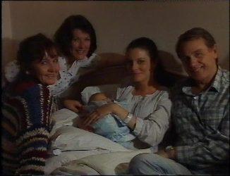 Pam Willis, Barbara Miller, Baby Zac, Gaby Willis, Doug Willis in Neighbours Episode 2201