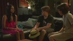 Rani Kapoor, Callum Jones, Sophie Ramsay in Neighbours Episode 6349