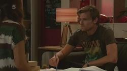 Jade Mitchell, Rhys Lawson in Neighbours Episode 6349