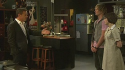 Paul Robinson, Andrew Robinson, Sophie Ramsay in Neighbours Episode 6349