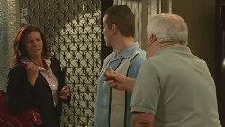Wendy Anderson, Toadie Rebecchi, Lou Carpenter in Neighbours Episode 6350