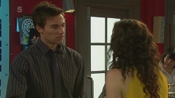 Rhys Lawson, Kate Ramsay in Neighbours Episode 6351