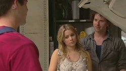 Chris Pappas, Natasha Williams, Lucas Fitzgerald in Neighbours Episode 6351