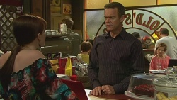 Summer Hoyland, Paul Robinson, Susan Kennedy in Neighbours Episode 6352