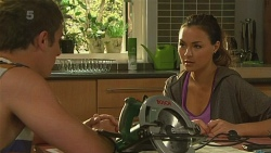Kyle Canning, Jade Mitchell in Neighbours Episode 6355