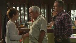 Susan Kennedy, Lou Carpenter, Karl Kennedy in Neighbours Episode 6355