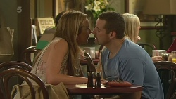 Sonya Mitchell, Toadie Rebecchi in Neighbours Episode 6356