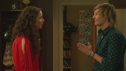 Kate Ramsay, Andrew Robinson in Neighbours Episode 6359