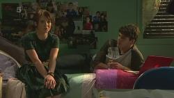 Summer Hoyland, Chris Pappas in Neighbours Episode 6361