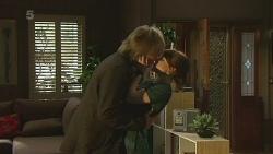 Andrew Robinson, Summer Hoyland in Neighbours Episode 6361