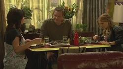 Emilia Jovanovic, Michael Williams, Natasha Williams in Neighbours Episode 6362
