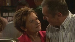Susan Kennedy, Karl Kennedy in Neighbours Episode 6364