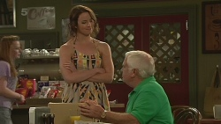 Kate Ramsay, Lou Carpenter in Neighbours Episode 6364