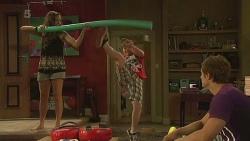 Jade Mitchell, Callum Jones, Kyle Canning in Neighbours Episode 6365