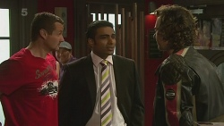 Toadie Rebecchi, Ajay Kapoor, Lucas Fitzgerald in Neighbours Episode 6366