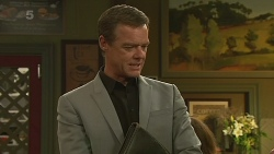 Paul Robinson in Neighbours Episode 6367