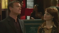 Paul Robinson, Summer Hoyland in Neighbours Episode 6370