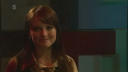 Summer Hoyland in Neighbours Episode 6370