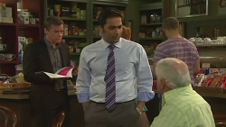 Paul Robinson, Ajay Kapoor, Lou Carpenter in Neighbours Episode 6371